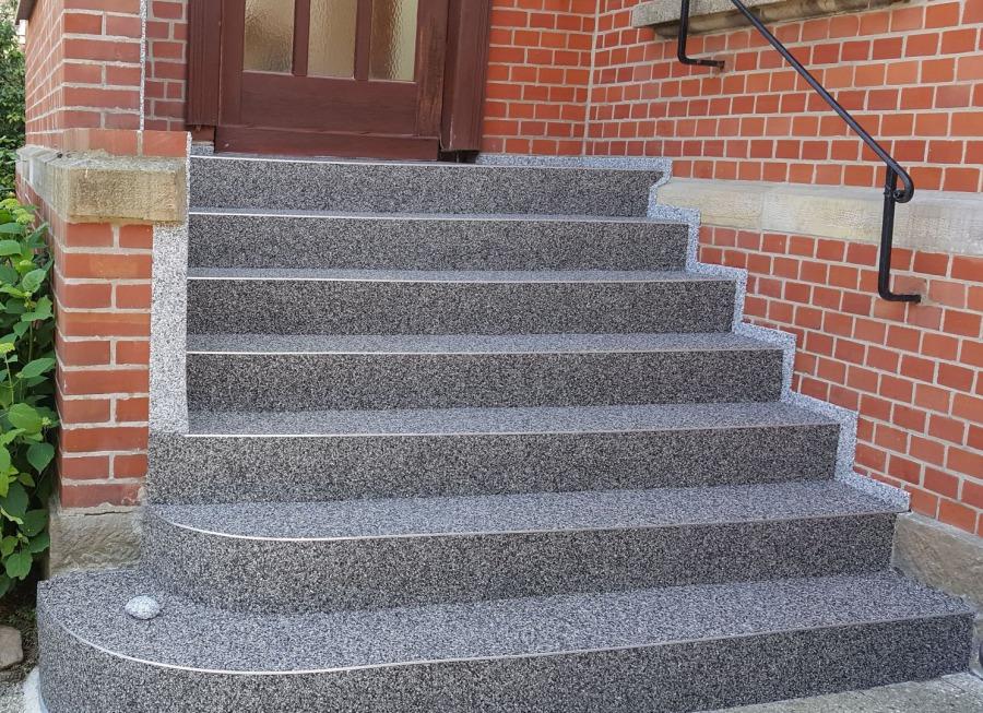 Steinteppich und Beschichtungssysteme zur Treppensanierung ...